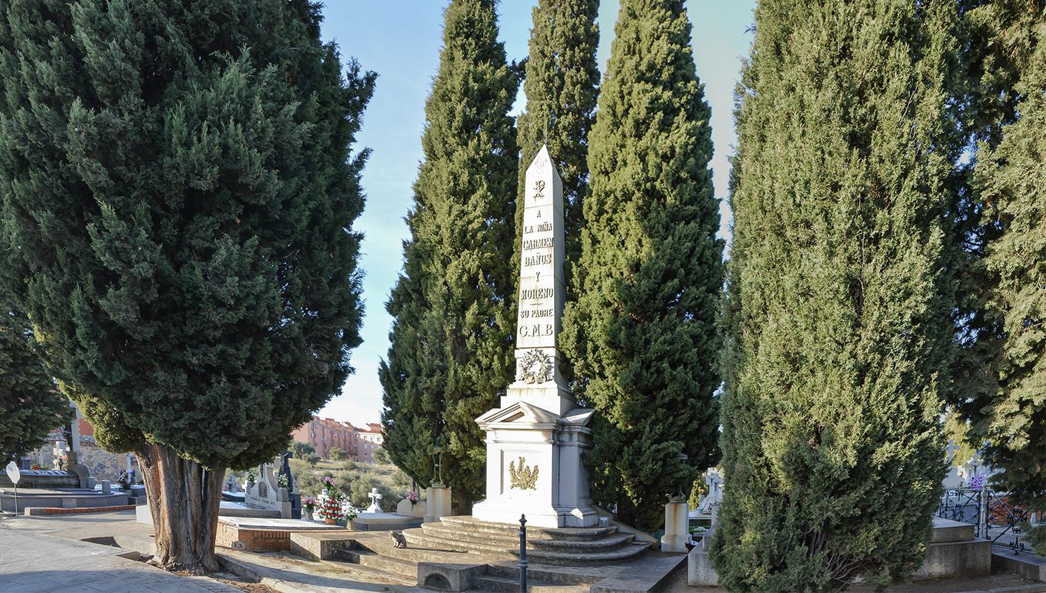 Mausoleo de Carmen Baños, hija de Gabriel Melitón Baños, en el Cementerio Municipal de Toledo. Fotografía: Jose María Gutiérrez Arias. Sección Vivienda, Consorcio de la Ciudad de Toledo. Año 2018.