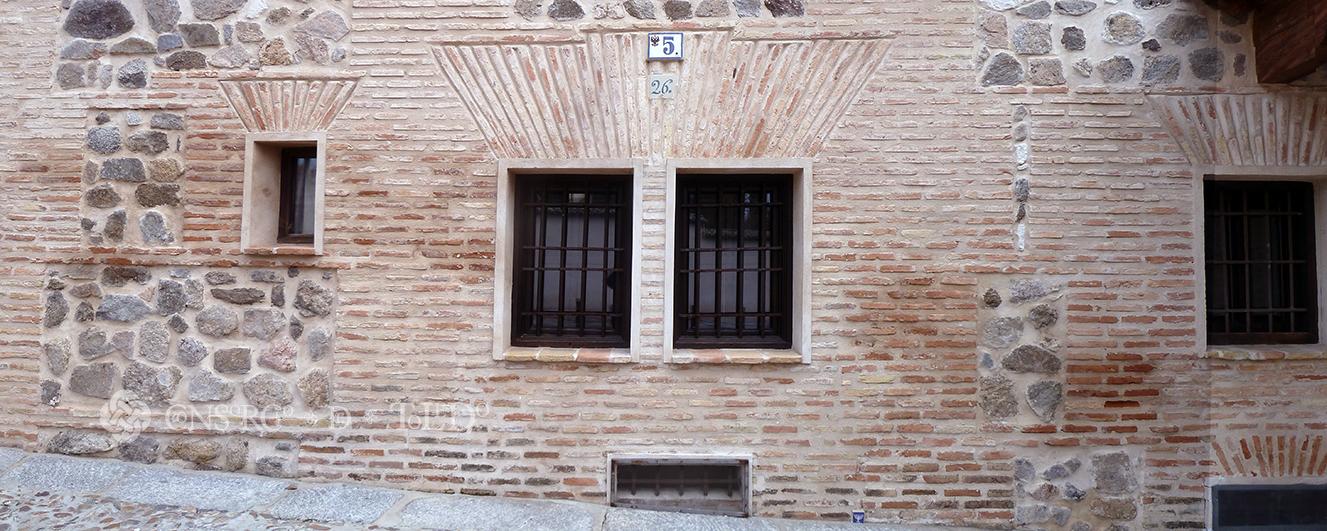 Mil puertas tabicadas (II). Calle Alamillos del Tránsito, Toledo