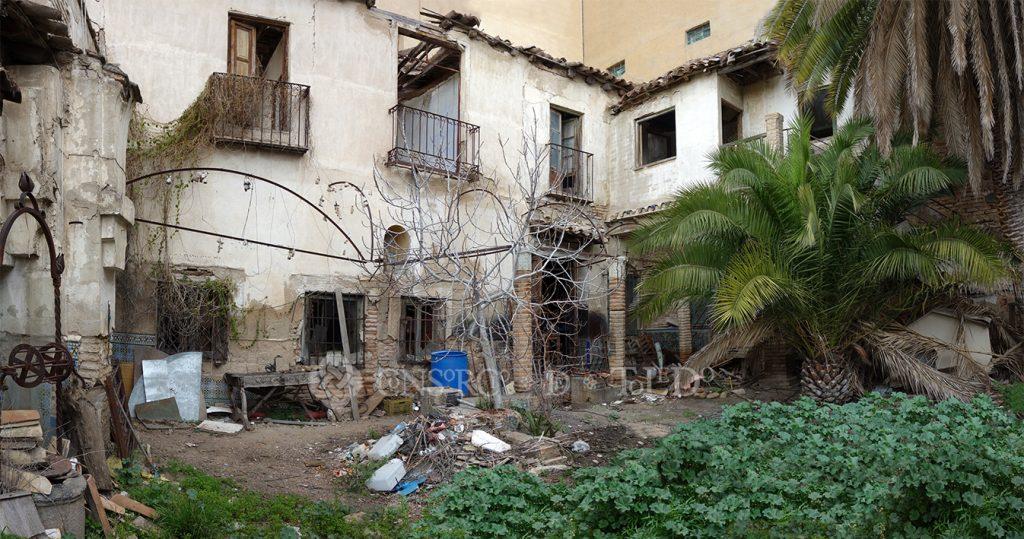 Patio de la antigua casa-herrería de Julio Pascual. Calle San Juan de la Penitencia nº 13, Toledo